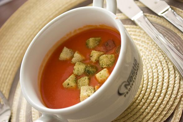 Zupa krem z pomidorów z ryżem
