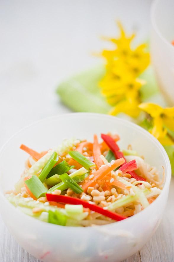 Orientalna sałatka na piknik